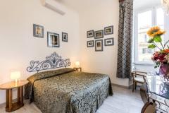 Vatican-Bedroom1-b